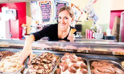 gelato in gelateria